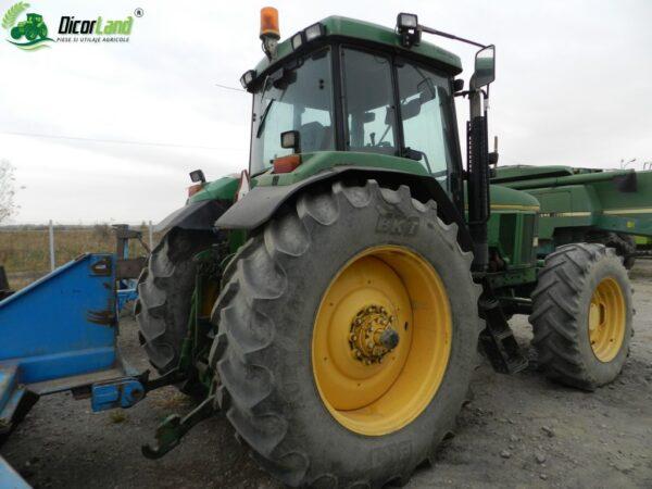 tractor john deere 2