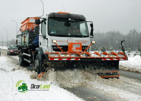 Plug de zăpadă PU-S32H – PRONAR